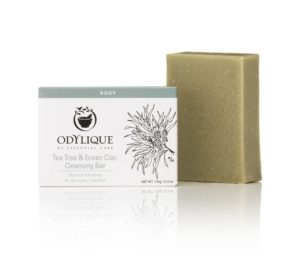 100-0055 tea-tree-green-clay-cleansing-bar